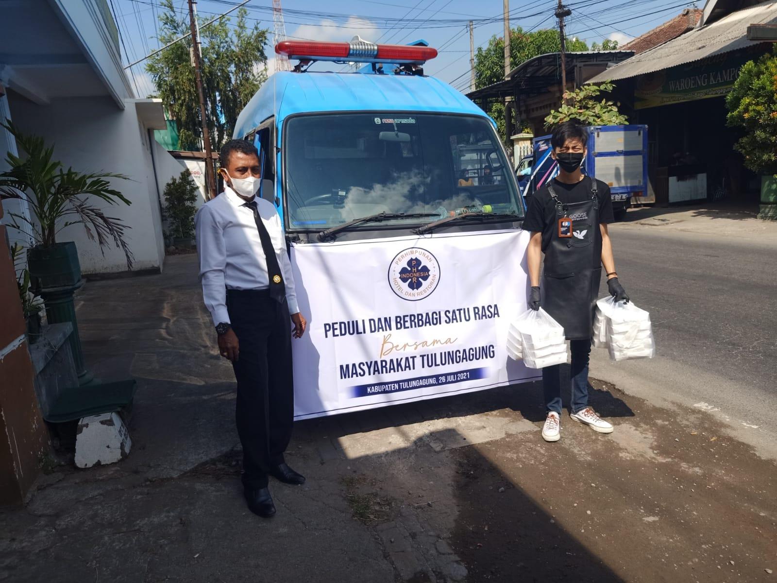 Polres Tulungagung Bersama PHRI, PMII dan Rekanan Gelar Baksos Peduli Satu Rasa Untuk Masyarakat Tul