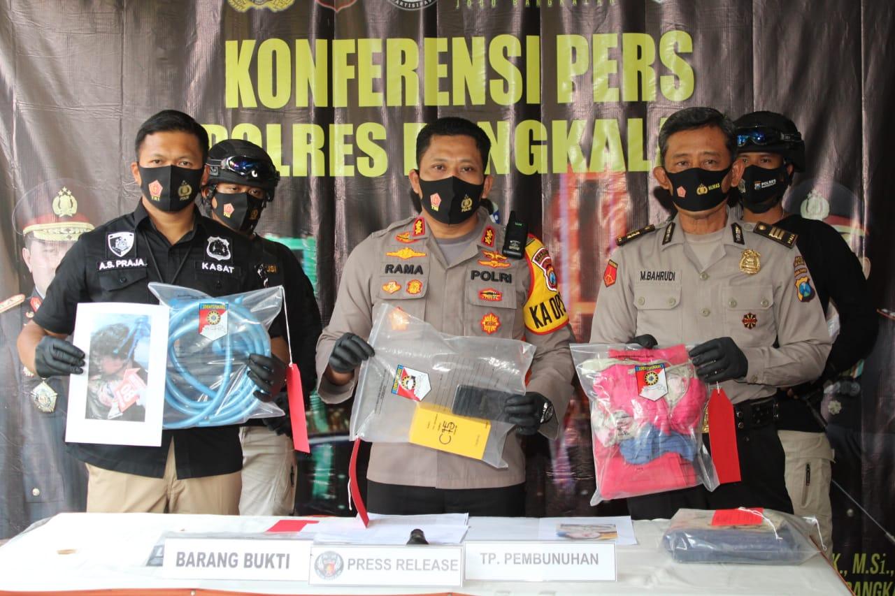 Gerak Cepat, Satreskrim Polres Bangkalan Ungkap Motif Pembunuhan Sadis Dalam 3 Jam