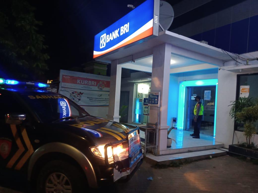 Patroli Malam, Polsek Burneh Polres Bangkalan Cek Obyek Vital