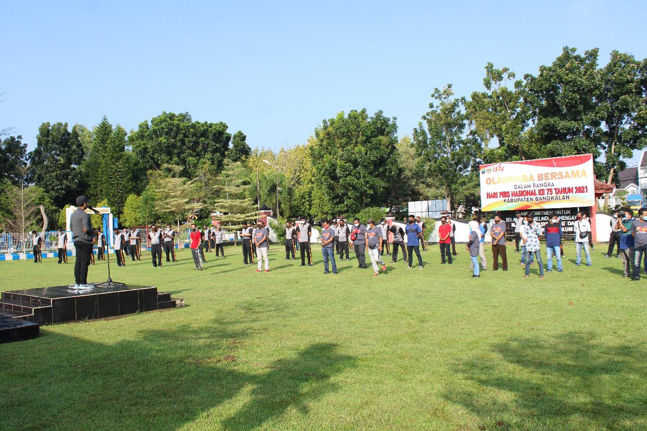 Olahraga Bersama Peringati HPN Polres Bangkalan dan Forkopimda Bersama Rekan Media